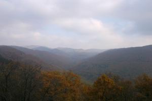 Csörgő-völgy